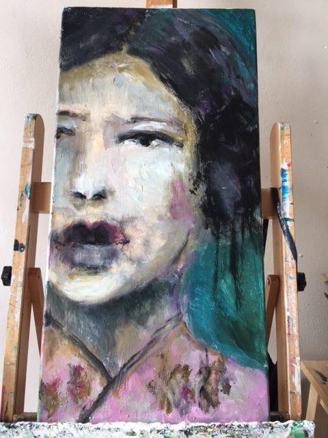 painting half face kimono pink